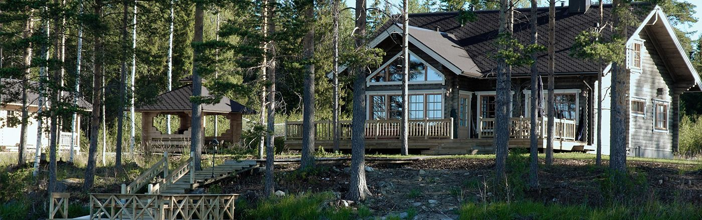Insure your second home with coverage appropriate to a vacation home or other seasonal property.